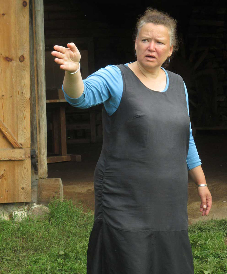 Tiijuht: linamuusõumi pernaanõ Remmeli Kristina om hää meelega valmis muusõummi näütämä